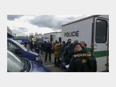 Рейд против нелегальных работников интернет-магазина Rohlik.cz, Фото: ЧТК