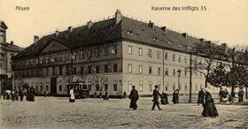 Ehemalige Kaserne des 35. Pilsner Marschregiments (Foto: Public Domain)