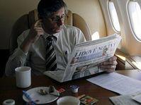 Jan Fischer à bord de l'avion gouvernemental, photo: CTK