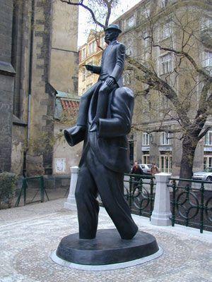 sculpture kafka prague