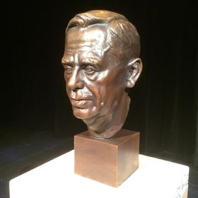 Havel Bust at University of Manitoba in Winnipeg, photo: official facebook page of the university