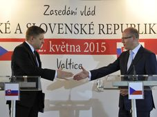 Robert Fico y Bohuslav Sobotka, foto: ČTK
