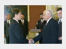 Stanislav Gross y Vaclav Klaus (Foto: CTK)