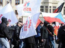 Un grupo de radicales de derecha se reunió en Nový Bydžov, foto: ČTK