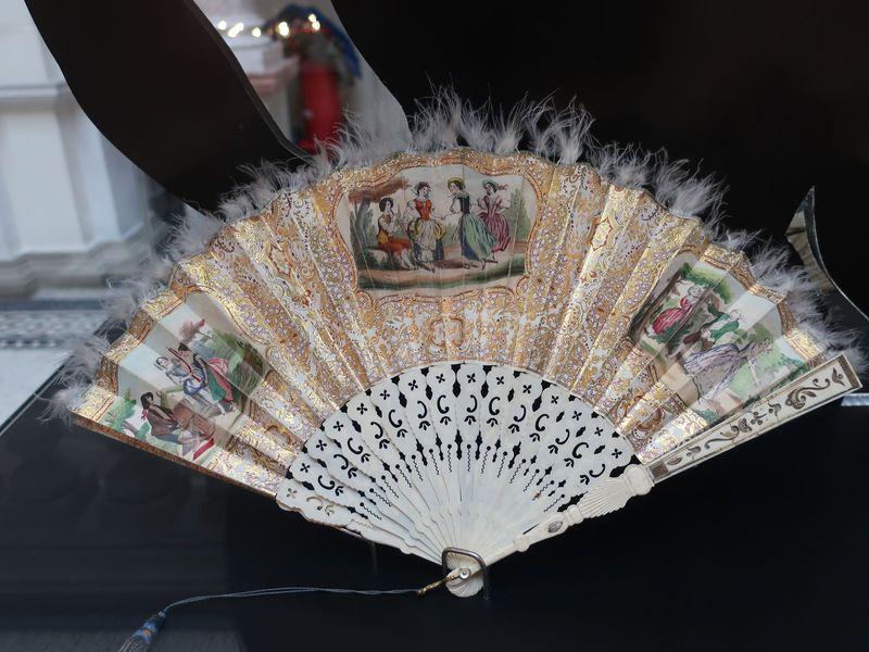 Vějíř z období druhého rokoka, foto: Zdeňka Kuchyňová