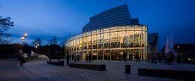 Die Konzerthalle Bamberg, Heimstatt der Bamberger Symphoniker (Foto: Peter Eberts, CC BY-SA 3.0)