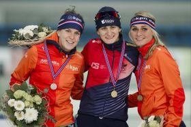 Ireen Wüst, Martina Sáblíková e Irene Schouten, foto: ČTK