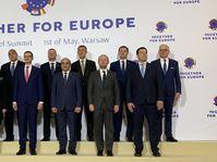 Gipfeltreffen in Warschau (Foto: ČTK / PR / Regierungsamt der Tschechischen Republik)