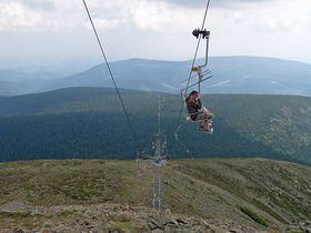 Seilbahn auf die Schneekoppe (Foto: www.seilbahn-nostalgie.ch)