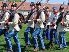 Historisches Fest im Schlosspark in Brandýs nad Labem (Foto: Martina Schneibergová)