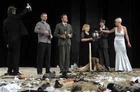 Poslední představení Pražského komorního divadla, foto: ČTK