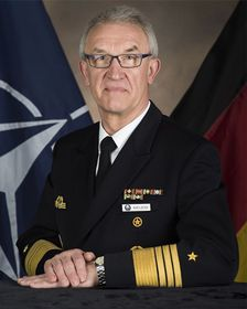 Manfred Nielson, foto: NATO, public domain