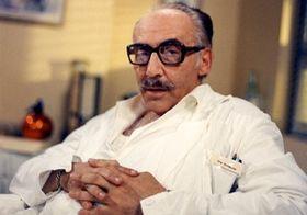 Milos Kopecký en la serie televisiva 'Hospital en las afueras de la ciudad'
