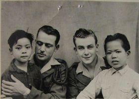 Rudolf Němček (2. von rechts) im Jahr 1951 (Foto: Post Bellum)