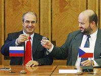 Charalambos Michaelides (links) und Martin Pecina (Foto: CTK)