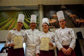 Французский повар Франк Сусийон,второй слева (Фото: Архив фестиваля «Зноемская лоза»)