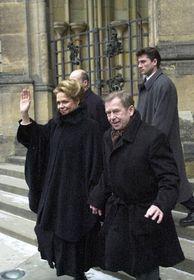 Вацлав Гавел с женой (Фото: ЧТК)