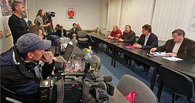 Vyjednávání představitelů ČSSD aKSČM vJihlavě opodpoře vytvoření rady kraje aprogramových prioritách, foto: ČTK