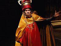 Richard Krajčo jako Richard III, foto: www.narodni-divadlo.cz