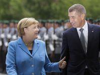 Angela Merkel und Andrej Babiš (Foto: ČTK / AP / Markus Schreiber)