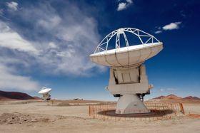 ALMA, foto: Iztok Bončina/ESO, Wikimedia Commons, CC BY 4.0