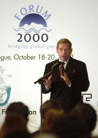 Вацлав Гавел открыл конференцию Форум 2000 (Фото: ЧТК)