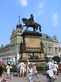 La statue de Georges de Poděbrady, photo: Archives de Radio Prague