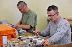 Заключенные за работой, Фото: Филип Яндоурек, Чешское радио