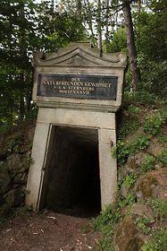 Placa conmemorativa de la visita de Goethe a Komorni hurka
