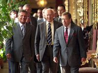Kwasniewski, Mádl a Havel (de izquierda), Foto: CTK