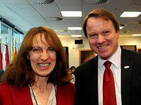 Martin Bursík y Jacqueline McGlade (Foto: CTK)