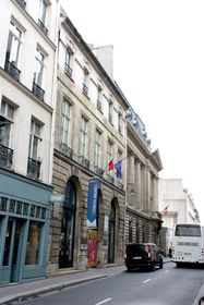Le Centre tchèque de Paris, photo: Kenyh Cevarom, CC BY-SA 3.0