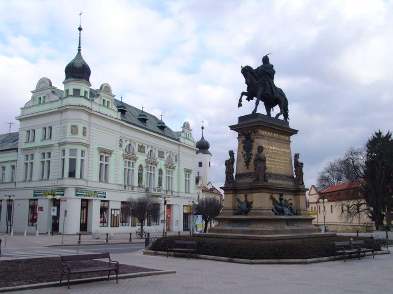 La estatua de ecuestre de Jorge de Podiebrad, Poděbrady, foto: Miloš Turek