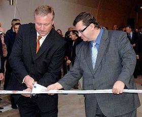 Mirek Topolanek and Petr Lausman from the Road and Motorway Directorate, photo: CTK