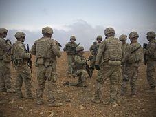 Soldados estadounidenses en Siria, foto: ČTK / AP / Zoe Garbarino