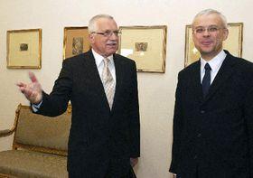 De izquierda: Vaclav Klaus, Vladimir Spidla, foto: CTK