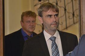 Роберт Шлахта (справа) и его бывший коллега Иржи Комарек
