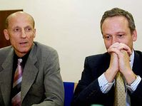 Cyril Svoboda (vpravo) a Milan Šimonovský, foto: ČTK