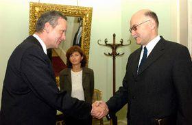 Czech Foreign Minister Cyril Svoboda and Russian ambassador to Prague Alexey Fedotov, photo: CTK