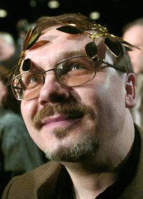 Сергей Федотов с премией имени Альфреда Радока (Фото: ЧТК)
