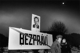 La commune de Bezpráví, 9.12.1989, photo: Jan Jindra