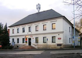La mairie de Slivenec, photo: Packa, CC BY-SA 2.5 Generic
