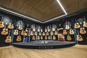 Photo: Facebook de Furch Guitars