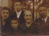 Людмила Мухина с семьей, 1953, фото: Архив Мартина Окнехта