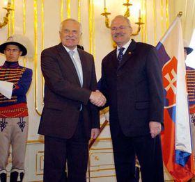 Slovenský prezident Ivan Gašparovič (vpravo) ačeský prezident Václav Klaus, foto: ČTK