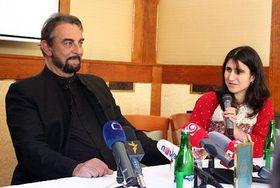 Kabir Bedi and Sangita Shrestová, photo: Štěpánka Budková