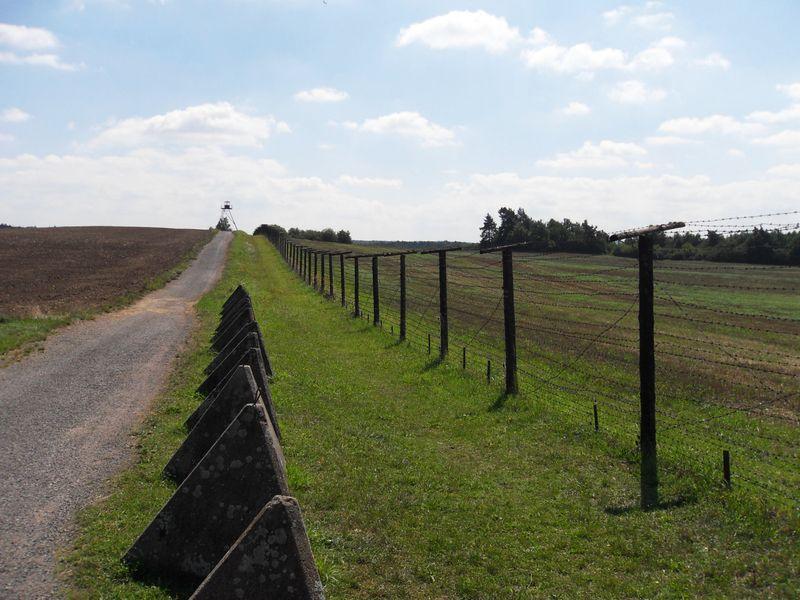 Des vestiges du rideau de fer au région de la ville de Znojmo, Harold, CC BY-SA 3.0