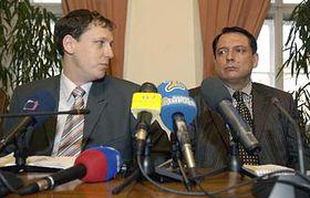 Stanislav Gross and Jiri Paroubek, photo: CTK