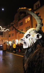 Krampus (Foto: Richenza, Wikimedia Commons, CC BY-SA 3.0)