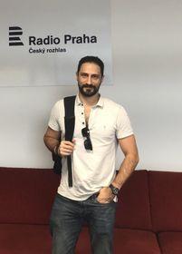 Eduardo Bechara en las instalaciones de Radio Praga, foto: archivo Melissa Castaño